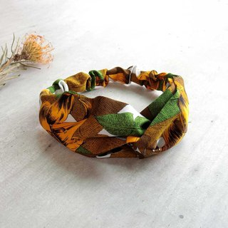 [shell art] turmeric flower hair band