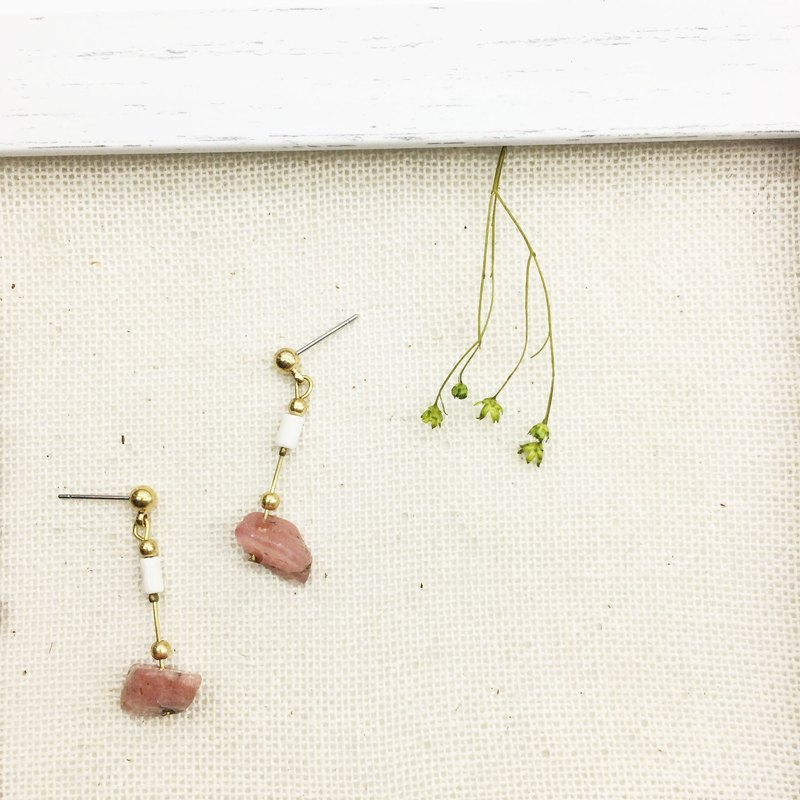 Laolin groceries l brass natural white turquoise / rhodochrosite ore hand made earrings ear hook l ear pin l ear clip
