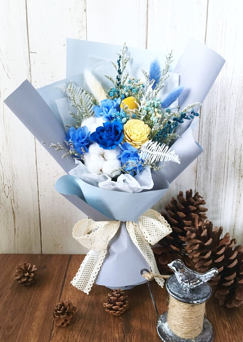 | Dream Sky | No Withering Roses. Dry flowers. Graduation bouquet. Standing bouquet. Blue line