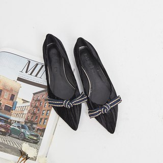 [Sparkling] bow three-dimensional texture velvet pointed shoes _ dark queen black