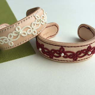 Vine - tatted lace leather bracelet/