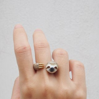 Sloth Hugging Ring
