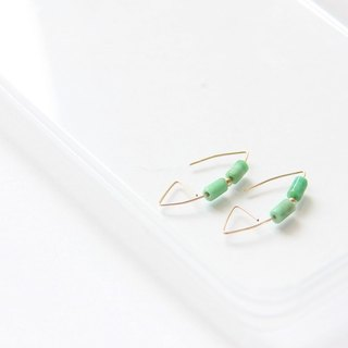 Turquoise earrings / Turquoise wire earring. X'mas. Gifts.