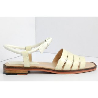 Beige three horizontal bar with sandals