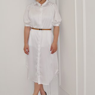 Flat 135 X Taiwanese designer blouse blouse white gloss fabric long coat