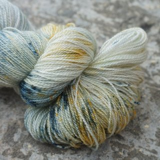 Hand-dyed lace line Ore (80 BFL / 20 Silk)