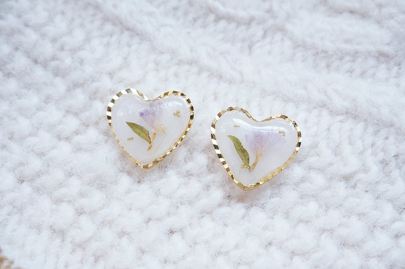Pisci 雑 ピアス - Retro heart-shaped transparent forget-me-nots earrings