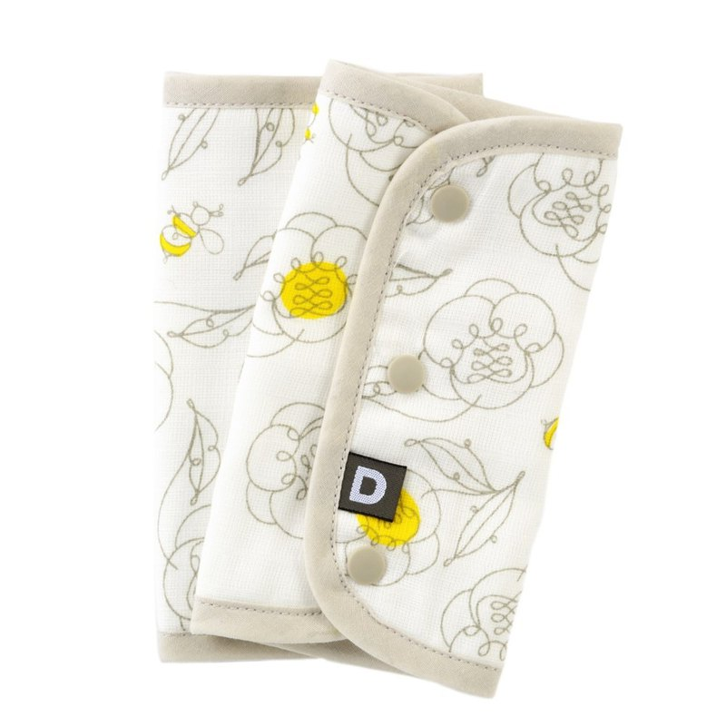 D BY DADWAY Japanese Quilting Towel - Bee Flower