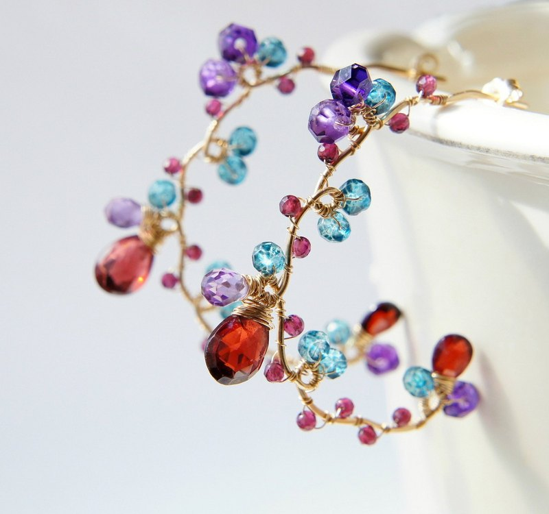 Garnet and Amethyst Large Hoop Earrings 14kgf