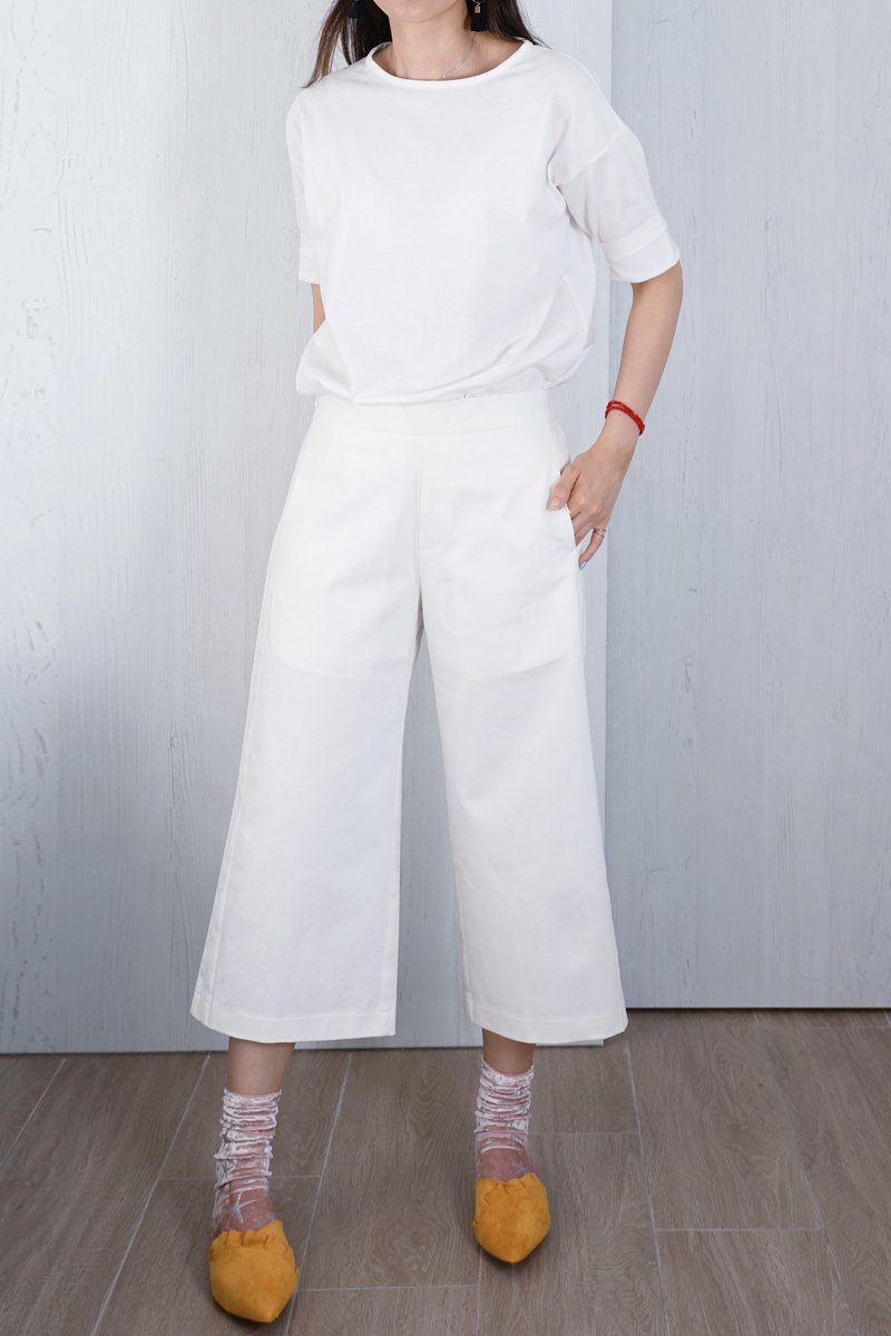 OUD Original. Cotton Paneled Cropped Pants