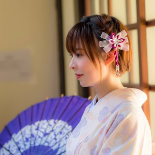 Hana Saku [tsu ma mi-fretwork] Snow Flower | White Peach & Purple - Japanese-style flower hairpin and wind Japanese yukata kimono fabric flower hair accessories brooch hand-writing