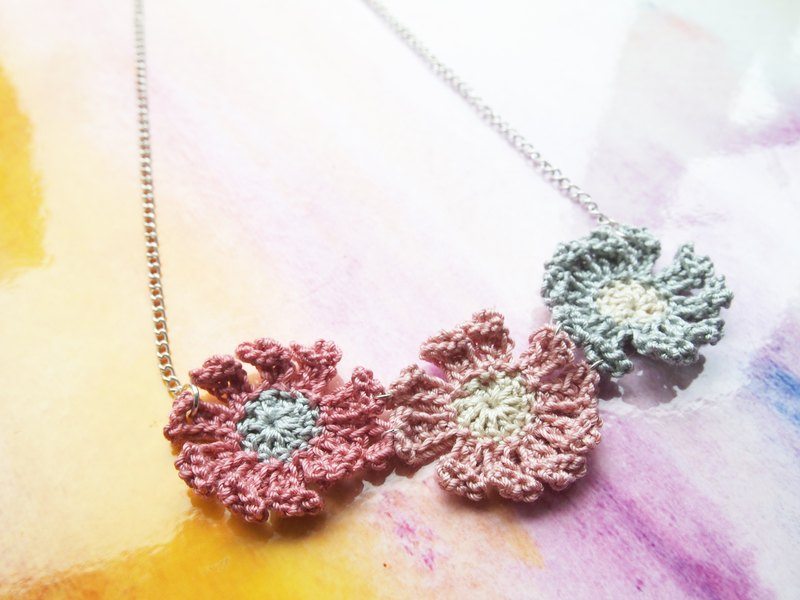 French pink lace hand-weaved necklace 錬 BN072
