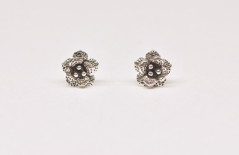 Two hair silver [small flower earrings small] pair