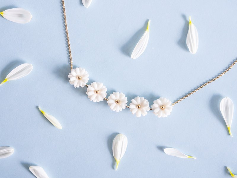 Daisy Porcelain Necklace - Sterling Silver 925