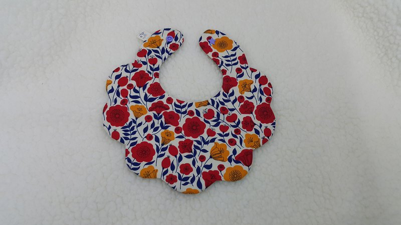 Flower flower pocket / baby bib / saliva towel
