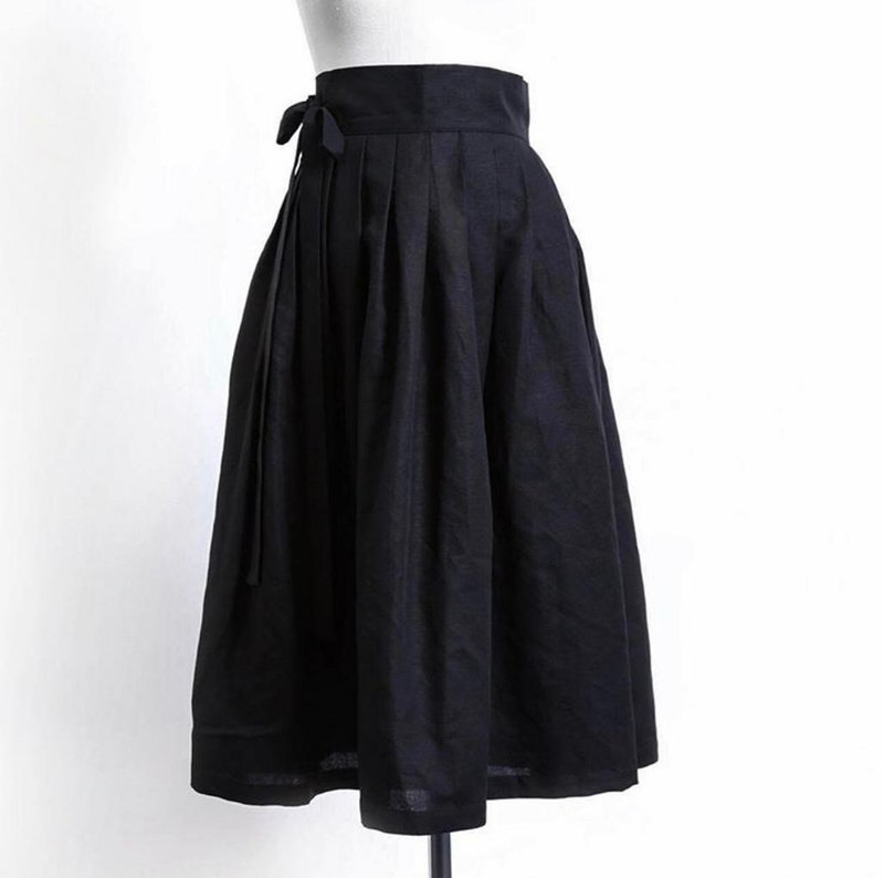 [Discount] Heartbeat │ Korean Department. Waist │ Life Hanbok Skirt. Black