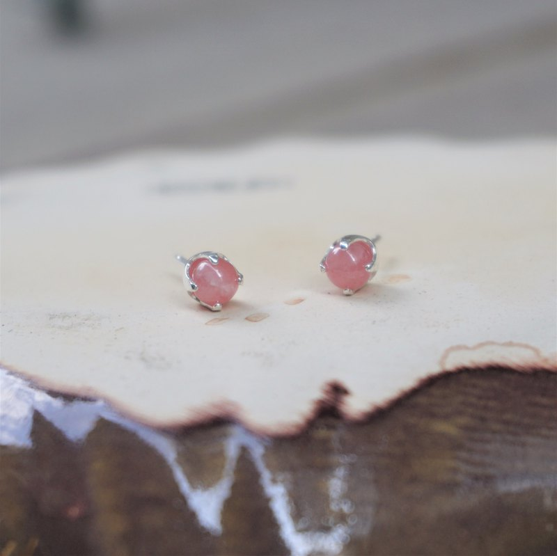 << Natural raw ore earrings - red stone >> 925 sterling silver earrings earrings ear ear