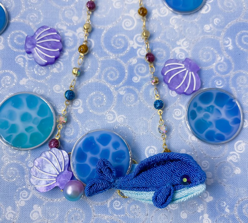 (Aquatic Whale) Fine Fabric Flower Marine Necklace