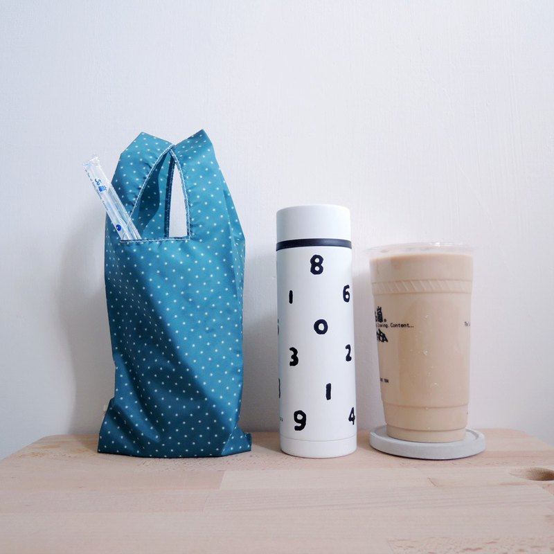 green bag for drinks -  Blue spot