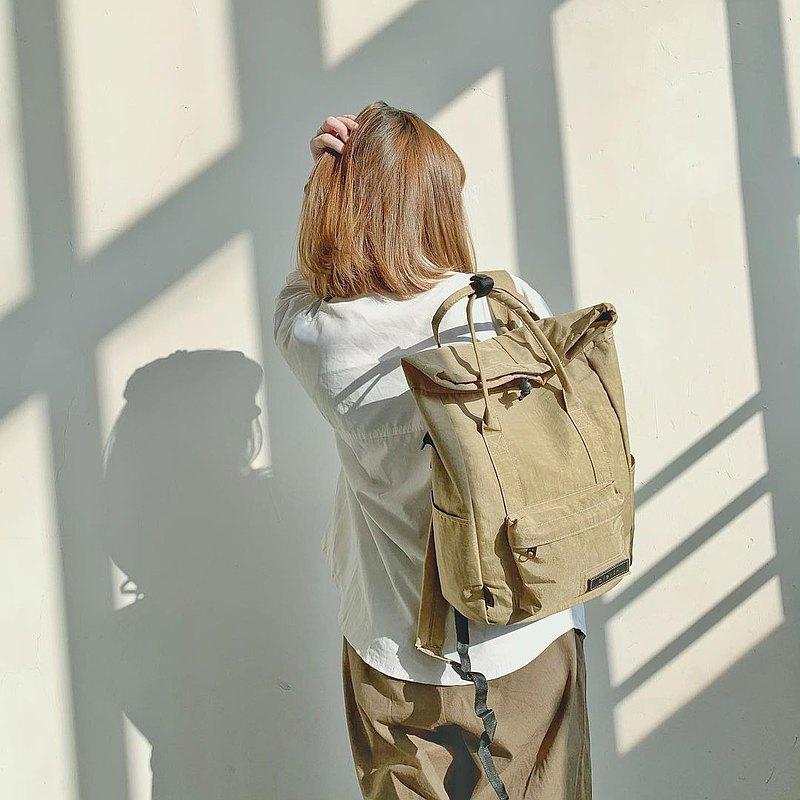 【12吋百變米克包】3way手提/肩背/防水/多功能後背包/卡其