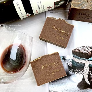 Red wine polyphenol cleansing soap mix muscle / dry muscle / mature skin