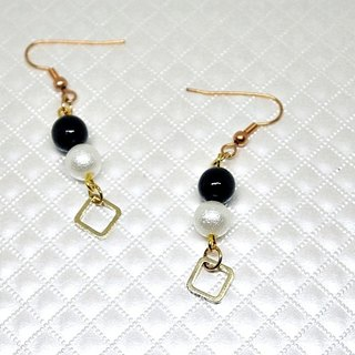 Alloy * black wood * _ hook-type earring ▀ limited X1