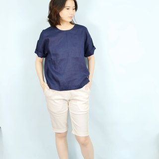 [HIKIDASHI] Tee off shoulder blouse. Zhang Qing anesthesia