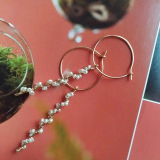 Bud bloom natural freshwater pearl earrings / Buds bloom water pearl earrings