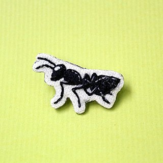 Mini hand embroidered brooch / pin black ants