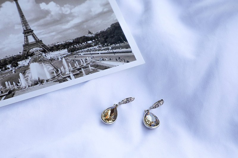 [The United States brings back Western jewelry] Vintage Givenchy Ji Fanxi pin earrings in the 1990s