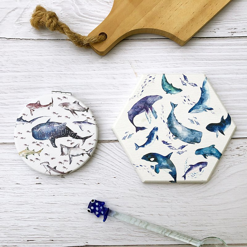 Exclusive store for overseas orders-whale coaster and shark mirror
