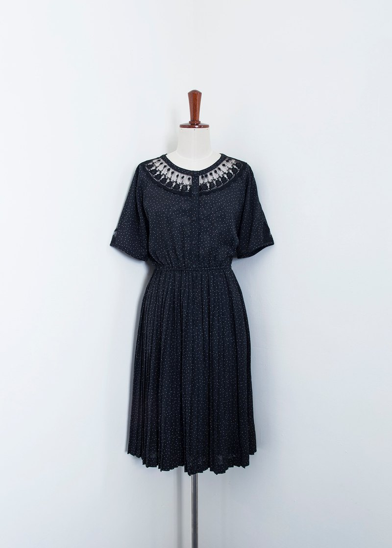 Banana Flyin Vintage :: Amour Silent Night:: vintage vintage short-sleeved dress