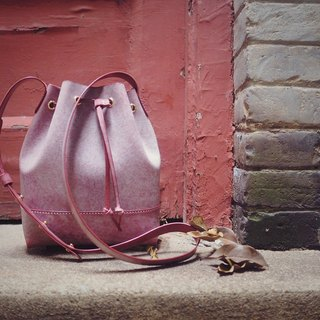 Bucket bag retro art single shoulder oblique rubbing wax wine red cowhide handmade leather custom gift