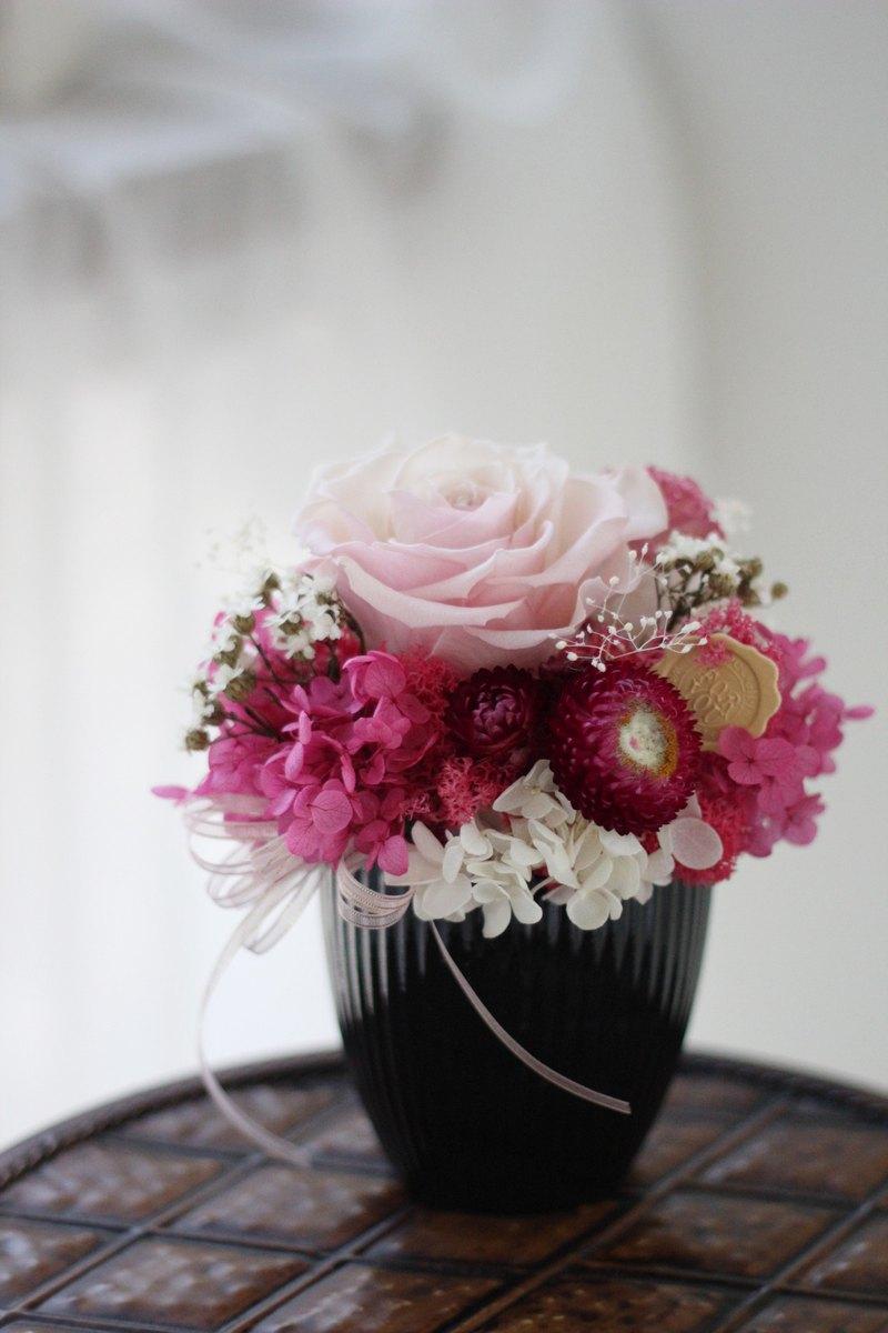 Flower design【Without flower series】Ecuador romantic rose potted flower - Designer Ariel\u0027s design   Pinkoi & Flower design【Without flower series】Ecuador romantic rose potted ...