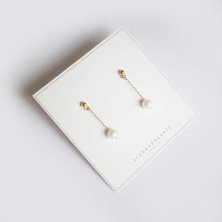 14KGF Fresh Water Pearl Dangly Earrings