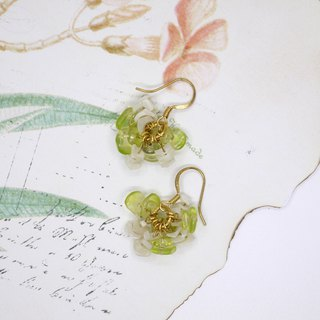 luck stone olivine earrings ear clip