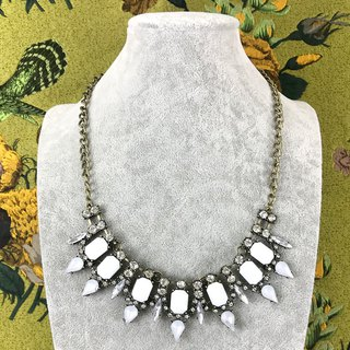 Classical ornate rhinestone antique necklace BKA103