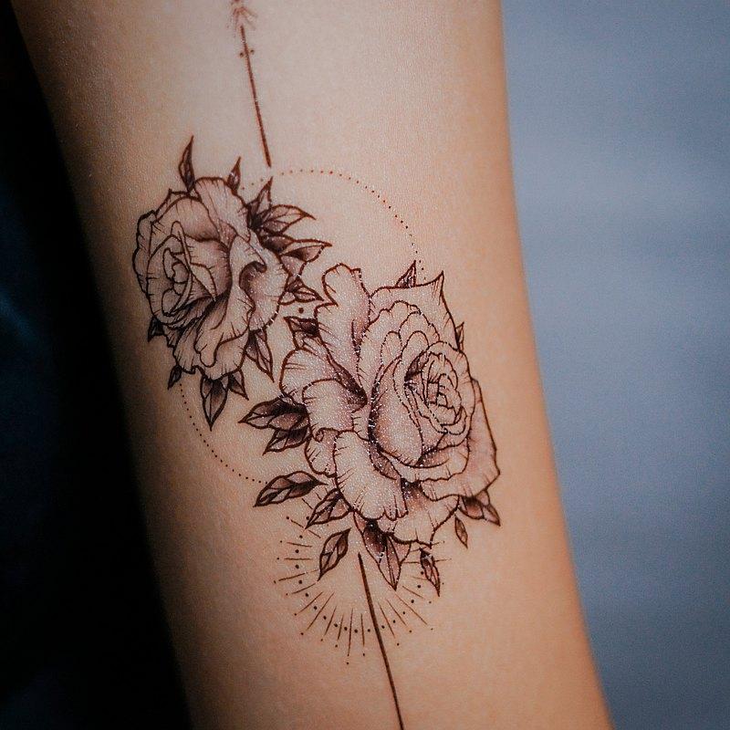 手繪玫瑰花薔薇剌青紋身貼紙女神秘浪漫唯美防敏感夏日優雅小飾物