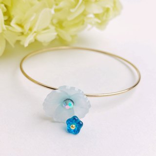 Ice Blue Poppy Flower Bangle