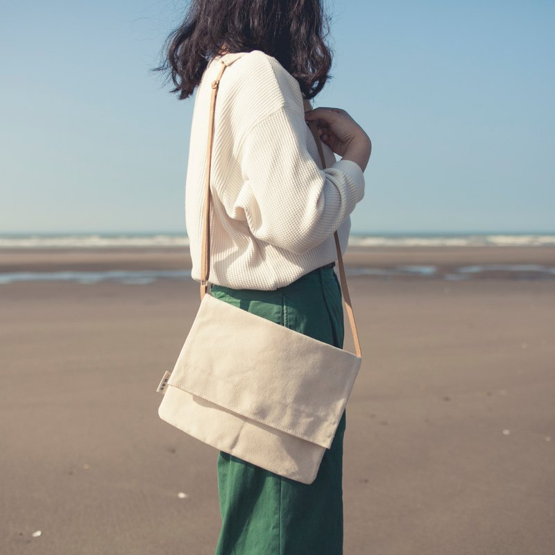 Canvas lightweight accompanying bag