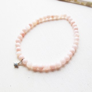 Rosy Garden light pink shell beads bracelet