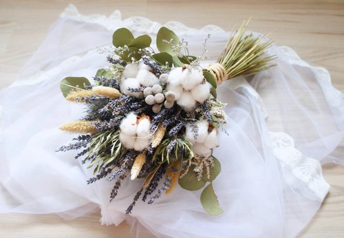 Handmade dried flower / not withered wedding floral series ~ Nanfa natural style lavender cotton hand tied bridal bouquet / photo props / nature wind wedding / hand tied bouquet ~