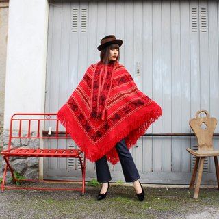 F3069 (Vintage Cloak) Red Striped Black Fish Weave Neckband Strap Fringed Cloak (Christmas Gift Christmas Presents)