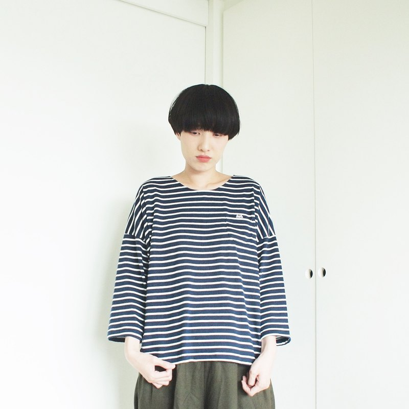 cat soup t-shirt : navy × white