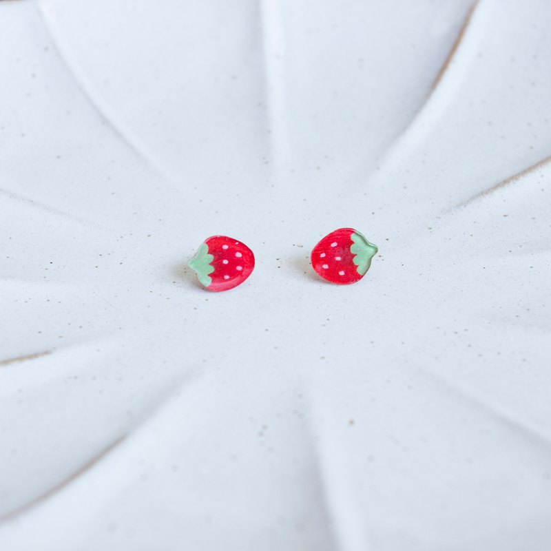 Hand-painted strawberry earrings ear clip sterling silver