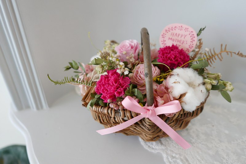 Love mommy does not wither and dry small flower basket