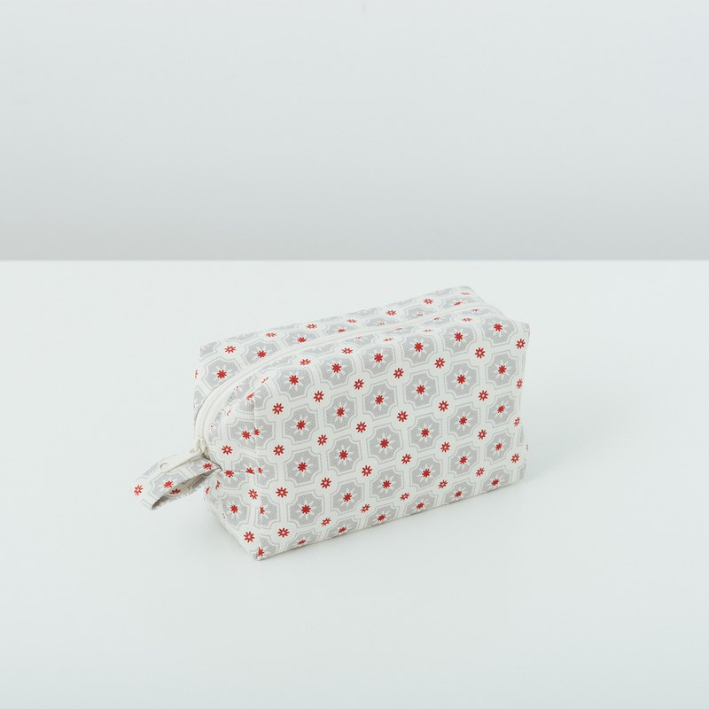 Zipper Cuboid Pouch/Old Ceramic Tile No.2/Ash Grey
