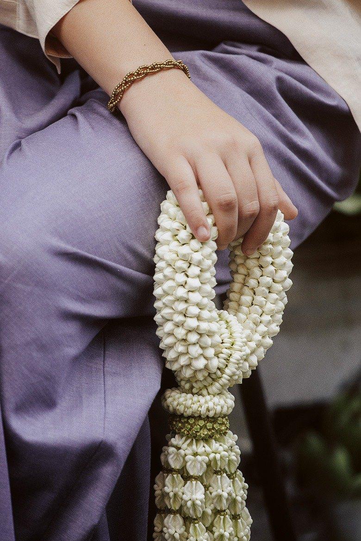 鍍金手鍊,飾以黃銅珠
