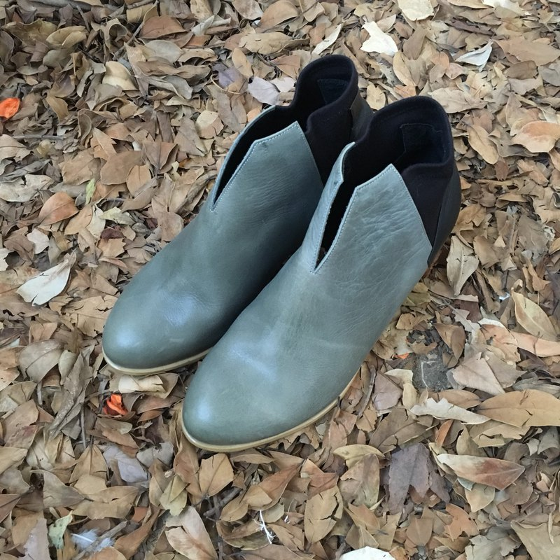 The Deep - Benthodesmus - Blue/Black Leather Handmade *Ankle boots*