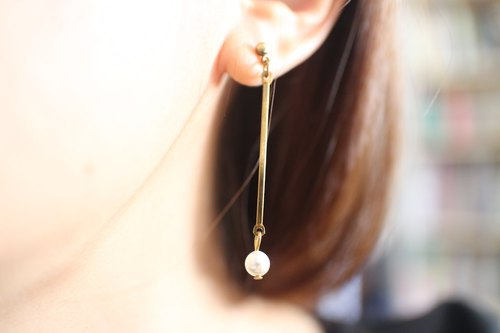 Bubbles-brass earrings